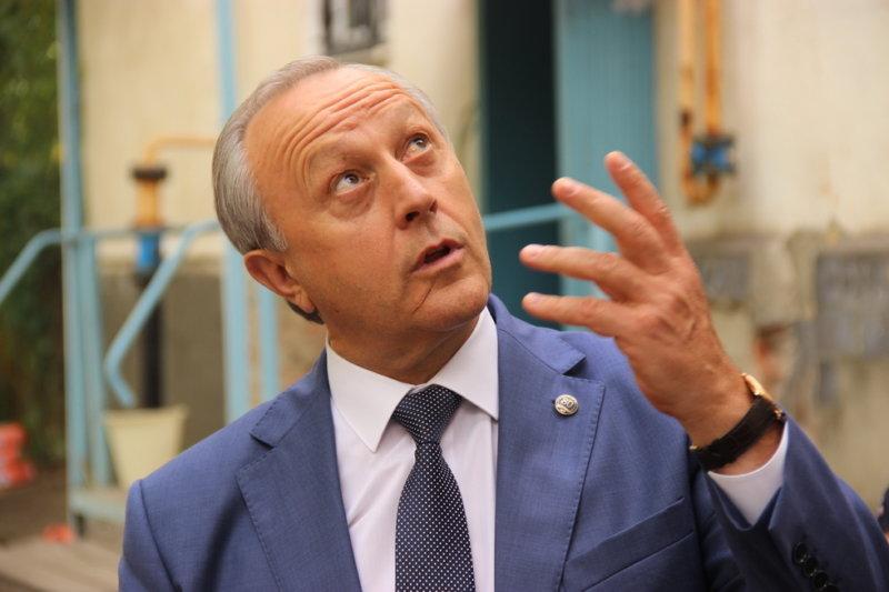Губернатор Радаев