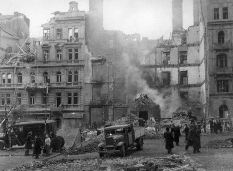 Бомбардировка Праги 14 февраля 1945