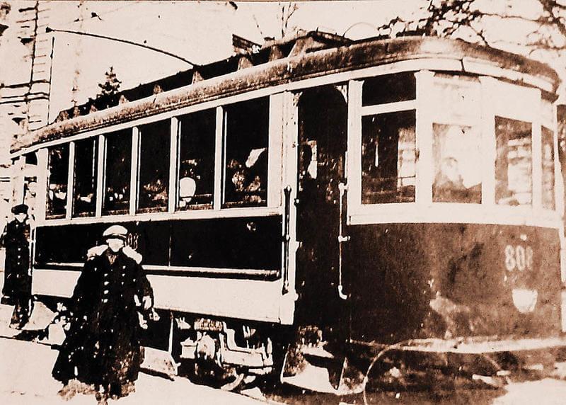 Трамвай Ленинград красный Путиловец