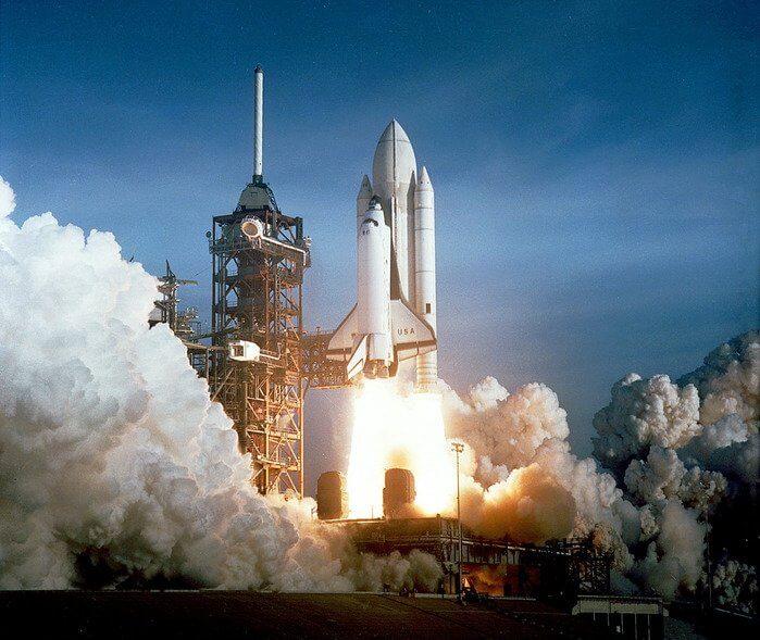 1981 - В космос стартовал космический корабль Колумбия