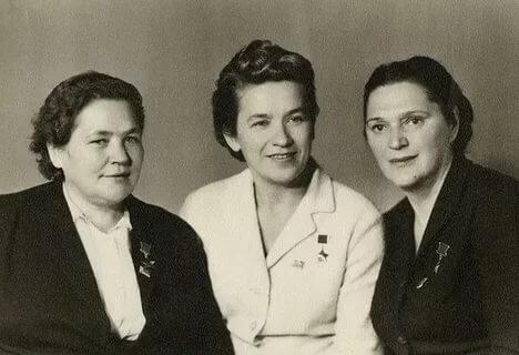 Мария Борисовна Осипова, Надежда Викторовна Троян и Елена Григорьевна Мазаник