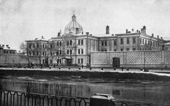 12 апреля 1861 года Александр II издал Указ об учреждении в Санкт-Петербурге больницы для рабочего населения