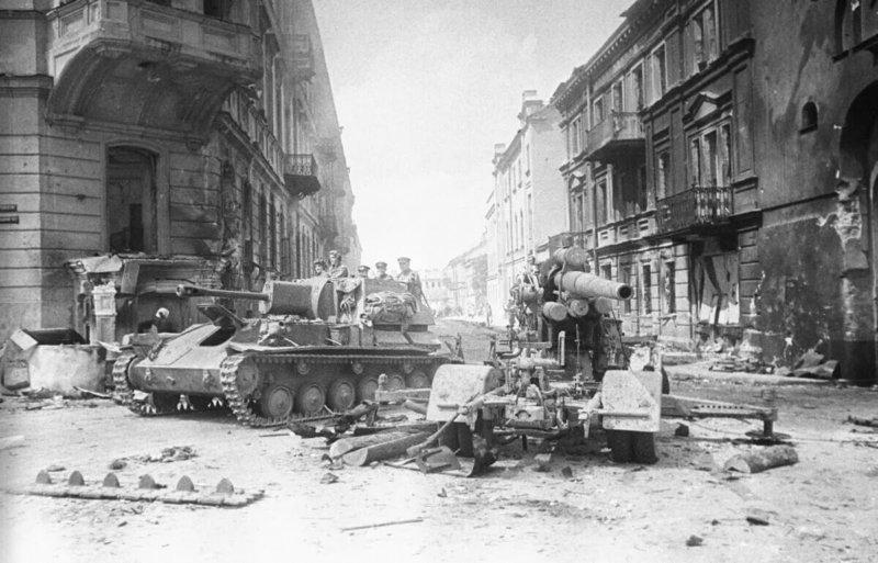 14 апреля 1944 года в ходе Проскуровско-Черновицкой операции советские войска освободили Тарнополь