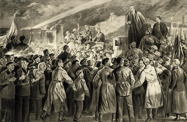 16 (3) апреля 1917 г. Ленин вернулся в Петроград