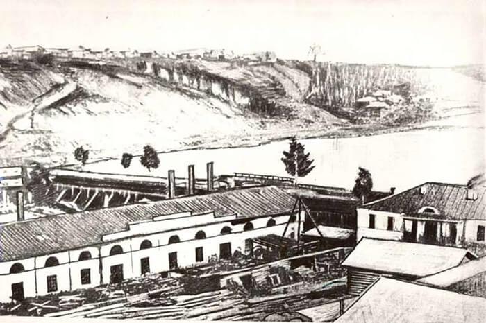 1736 - Горным начальником Урала Василием Татищевым на левом берегу Камы