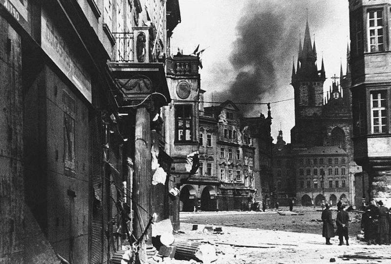 1945 - Началось Пражское восстание, придавшее выступлению народных сил общенациональный характер