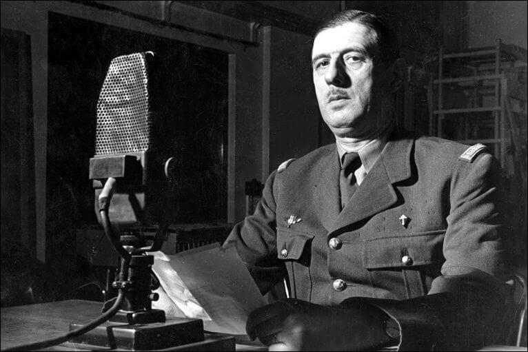 1969 - После 11 лет пребывания на посту Президента Французской Республики Шарль де Голль добровольно ушел с этого поста