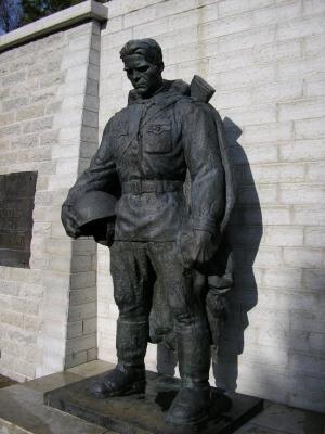2007 - В Таллине демонтирован Бронзовый солдат