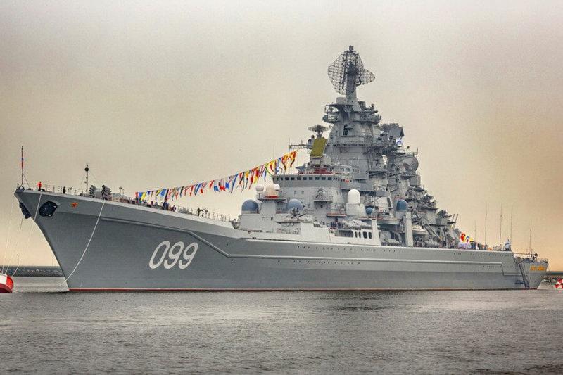 29 апреля 1989 года на Балтийском заводе в Ленинграде спущен на воду тяжелый атомный ракетный крейсер проекта 1144 «Юрий Андропов» (ныне «Петр Великий») – последний в серии.