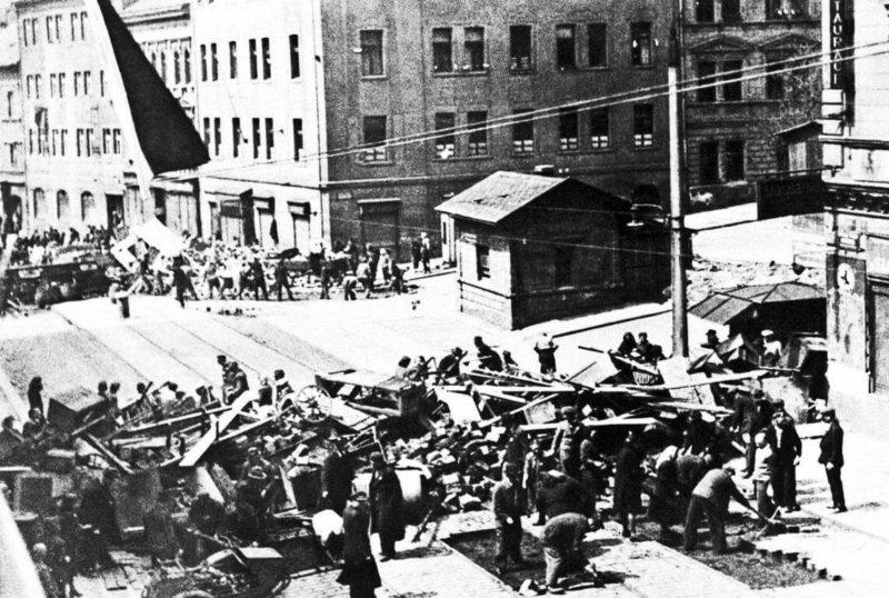 5 мая 1945 года в Праге началось вооруженное восстание