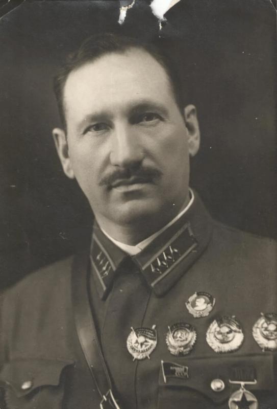 М.Г. Ефремов