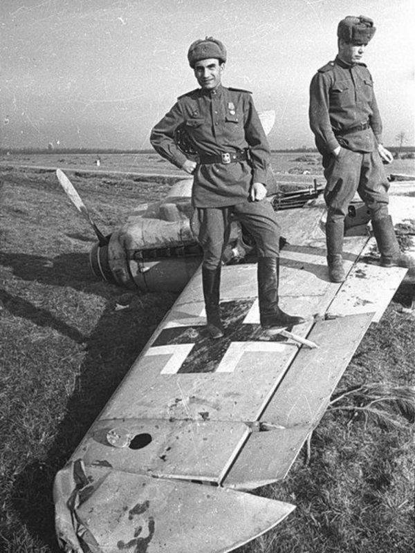 10 мая 1943 года ожесточенные бои за Крымскую. Авиация Северо-Кавказского фронта сбила с 29 апреля 368 самолетов противника
