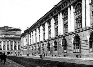 1738 - По указу Императрицы Анны Иоанновны в Санкт-Петербурге учреждена Танцевальная Ея Императорского Величества школа