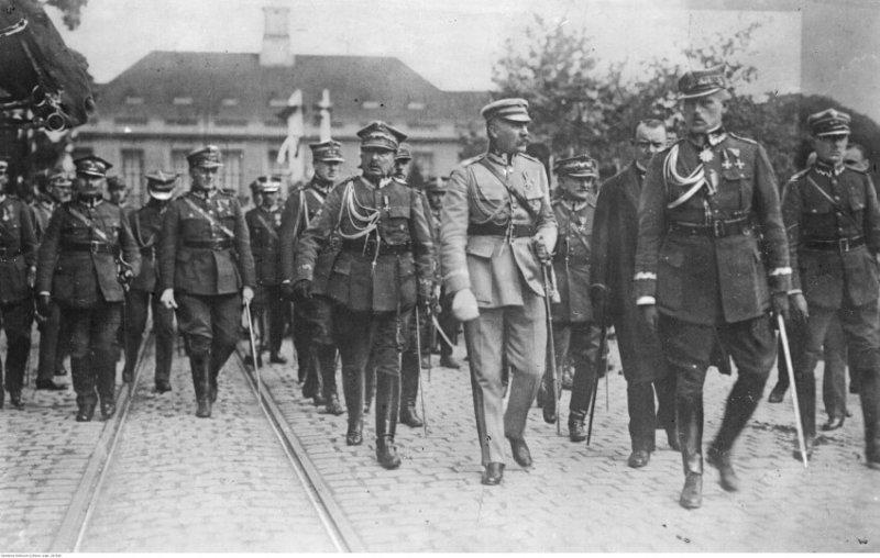 1926 - Государственный переворот в Польше, установление режима Юзефа Пилсудского.