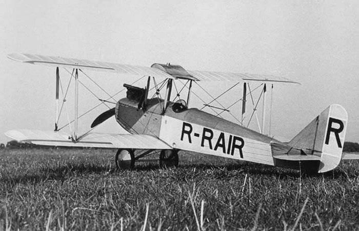 1927 - Первый полет спортивного самолета АИР-1