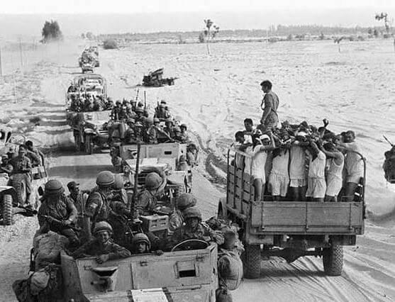 1967 - Около 9 часов утра израильская авиация молниеносным ударом разбомбила и уничтожила египетские ВВС