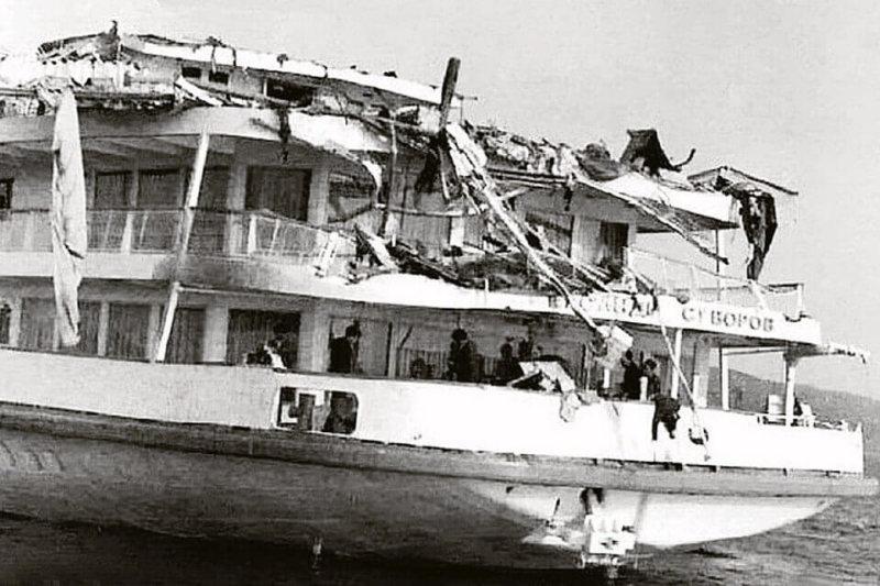 1983 - Катастрофа теплохода Александр Суворов в Ульяновске