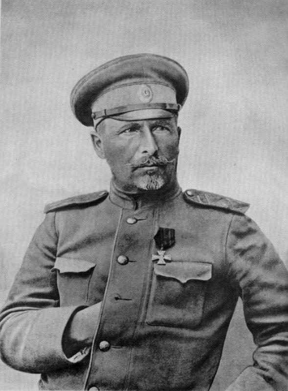 28 мая 1919 г. в Ямбурге (ныне Кингисепп, Ленинградская область) белые повесили Александра Панфомировича Николаева