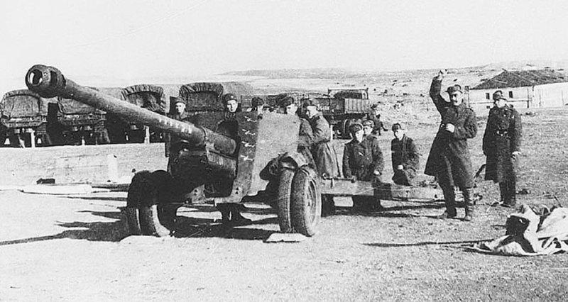 7 мая 1944 года Постановлением ГКО на вооружение принята 100-мм полевая пушка образца 1944