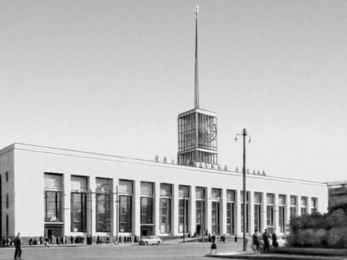 Финляндский вокзал в Ленинграде
