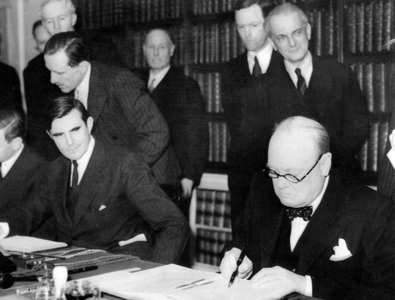 11 июня 1942 года во время Второй мировой войны в Вашингтоне подписано соглашение между СССР и США о взаимопомощи в войне