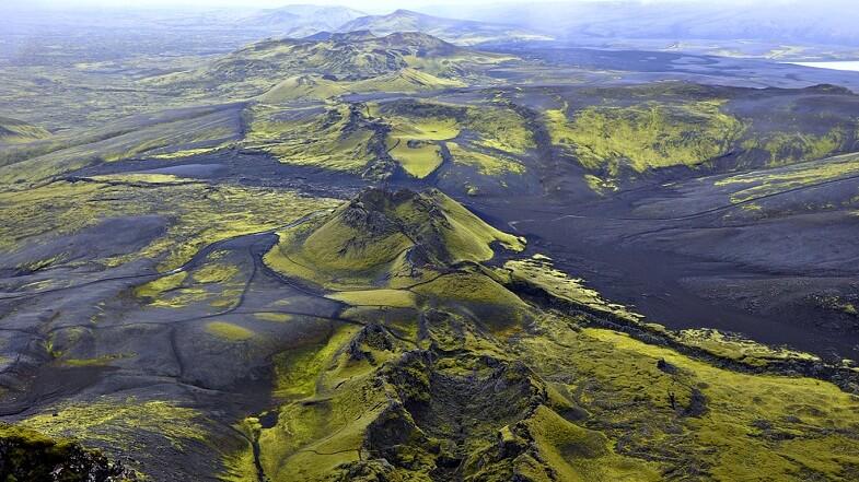 1783 - Вулкан Лаки в Исландии начал своё восьмимесячное извержение.