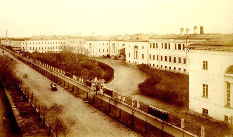 1830 - Основан Московский государственный технический университет имени Н.Э. Баумана.