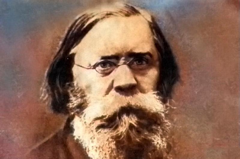 Лавров Петр Лаврович