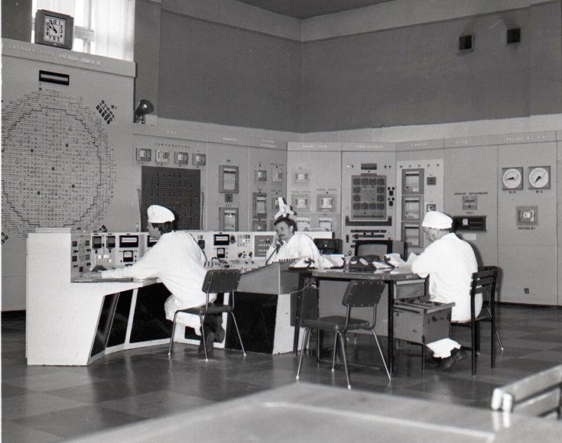 пульт управления реактором А-1