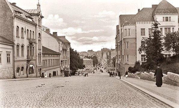 1910 - Принят закон о распространении на Финляндию общероссийского законодательства