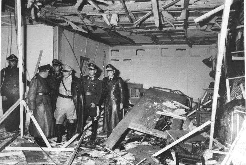 1944 - В гитлеровской ставке в Восточной Пруссии произошло самое известное покушение на Адольфа Гитлера