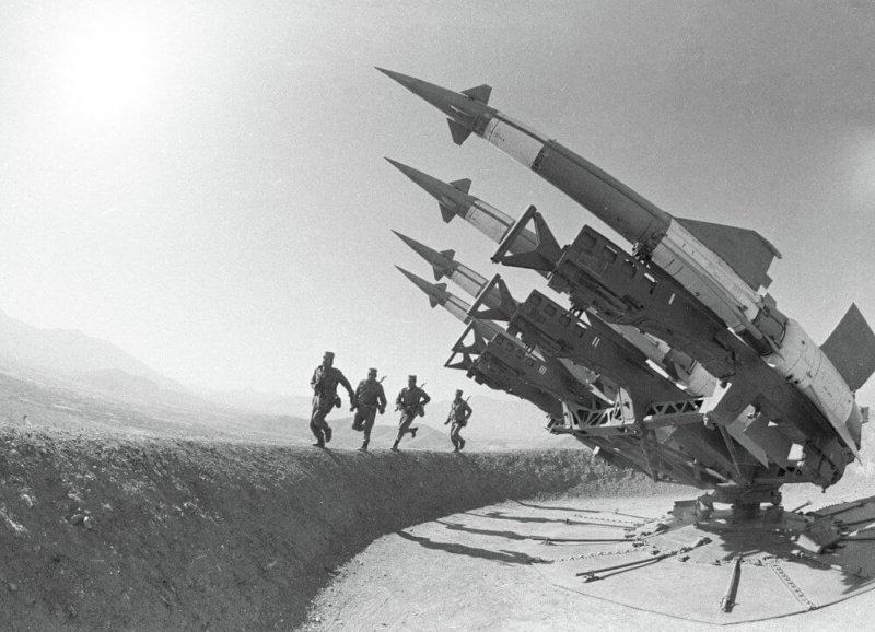 1948 - Войска ПВО страны