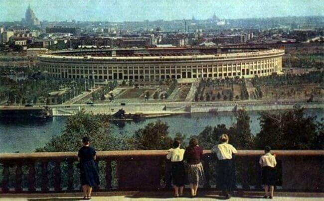 1956 - Был открыт Московский центральный стадион имени В.И. Ленина