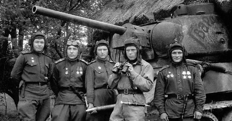 23 июля 1944 года на башне в центре Львова танкист гвардии старшина Марченко водрузил Красное знамя, ознаменовав этим освобождение города