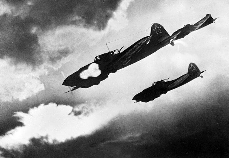 4 августа 1942 года Ставка Верховного главнокомандования направила в войска приказ о создании штрафных эскадрилий