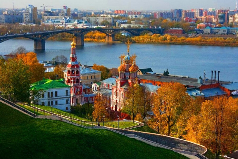 Город Горький переименован в Нижний Новгород