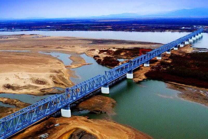 Началось строительство российской части трансграничного моста через Амур