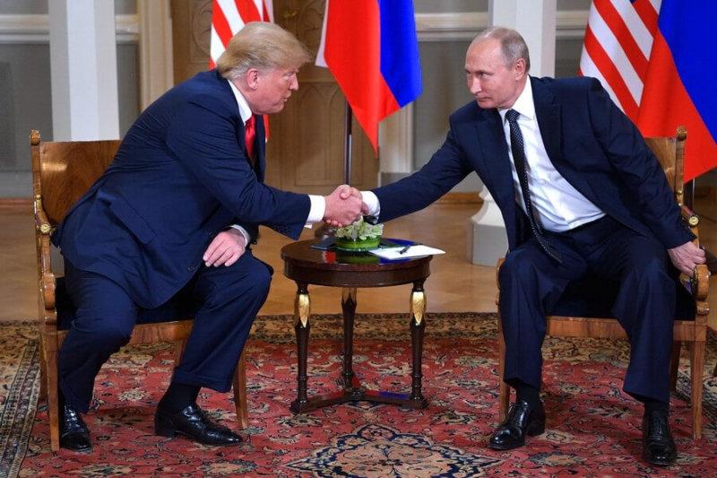 Президенты России и США провели встречу в Хельсинки