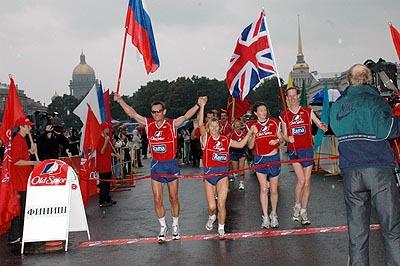2005 - В Санкт-Петербурге завершилась грандиозная эстафета, равной которой еще не бывало в истории легкой атлетики как по протяженности дистанции, так и по ее сложности.