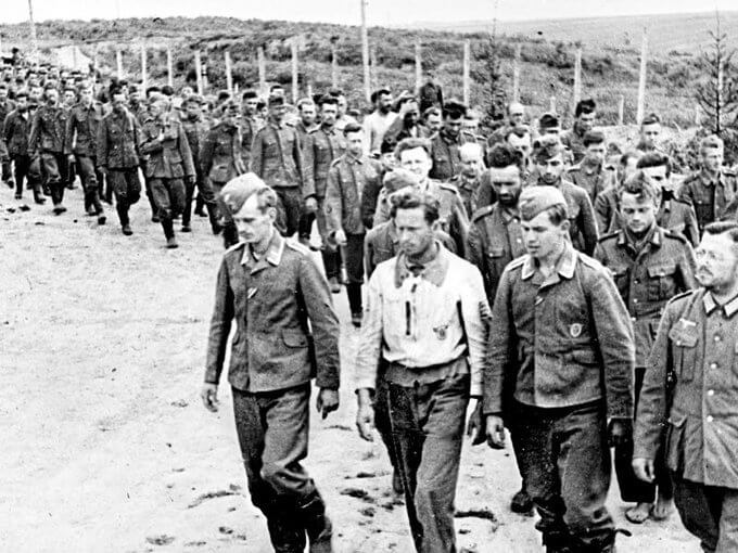 11 сентября 1943 года в подмосковном Лунево основан Союз немецких офицеров - пленных генералов и офицеров, готовых к сотрудничеству с СССР
