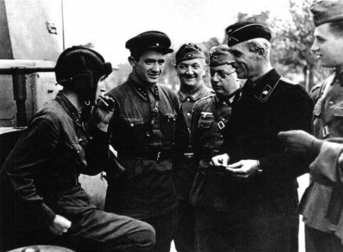 17 сентября 1939 года СССР начал ввод войск в восточные районы Польши