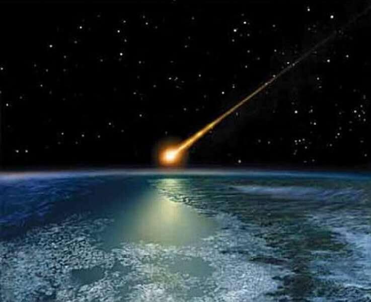 2002 - В Иркутской области, между городом Бодайбо и поселком Балахнинским, в районе реки Витим, упал взорвавшийся на высоте около 30 км гигантский метеорит