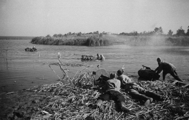 21 сентября 1943 года советские войска освободили Чернигов от фашистских захватчиков