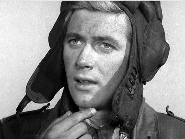 23 сентября 1939 год родился Януш Гайос-польский актер. И на родине, и у нас стал популярен, сыграв Янека в телесериале Четыре танкиста и собака