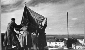 6 октября 1943 года бойцы 3-й ударной армии Калининского фронта освободили город Невель в Псковской области от немецко-фашистских захватчиков
