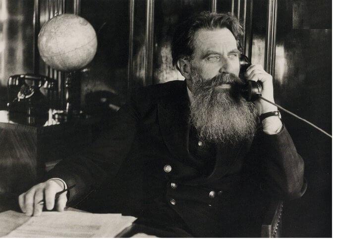 7 сентября 1956 года в Москве умер Отто Юльевич Шмидт (64 года)- советский математик, географ, астроном, исследователь Севера
