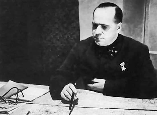 10 октября 1941 года из Ленинграда, где положение стабилизировано, Жуков переброшен на Москву командовать Западным фронтом