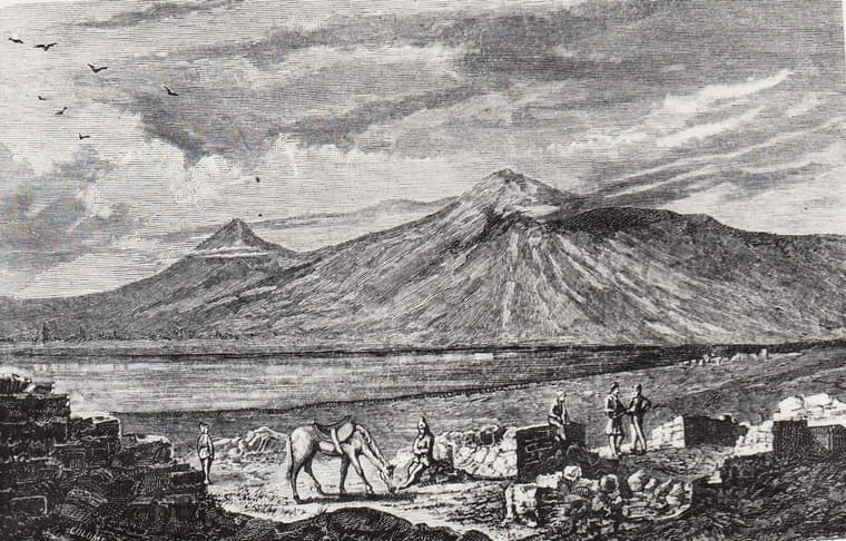 1829 - Совершено первое восхождение на западную вершину