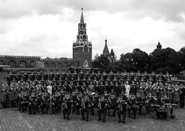 1928 - Первое выступление созданного при Центральном доме Красной Армии